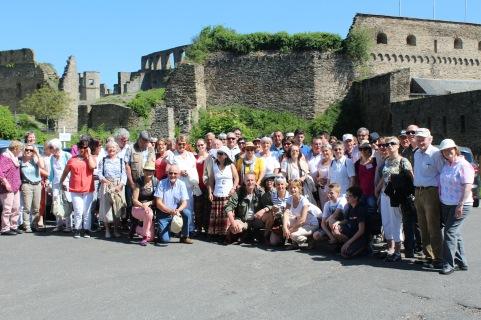 Gruppenfoto vor Burg Rheinfels, 26.05.2017